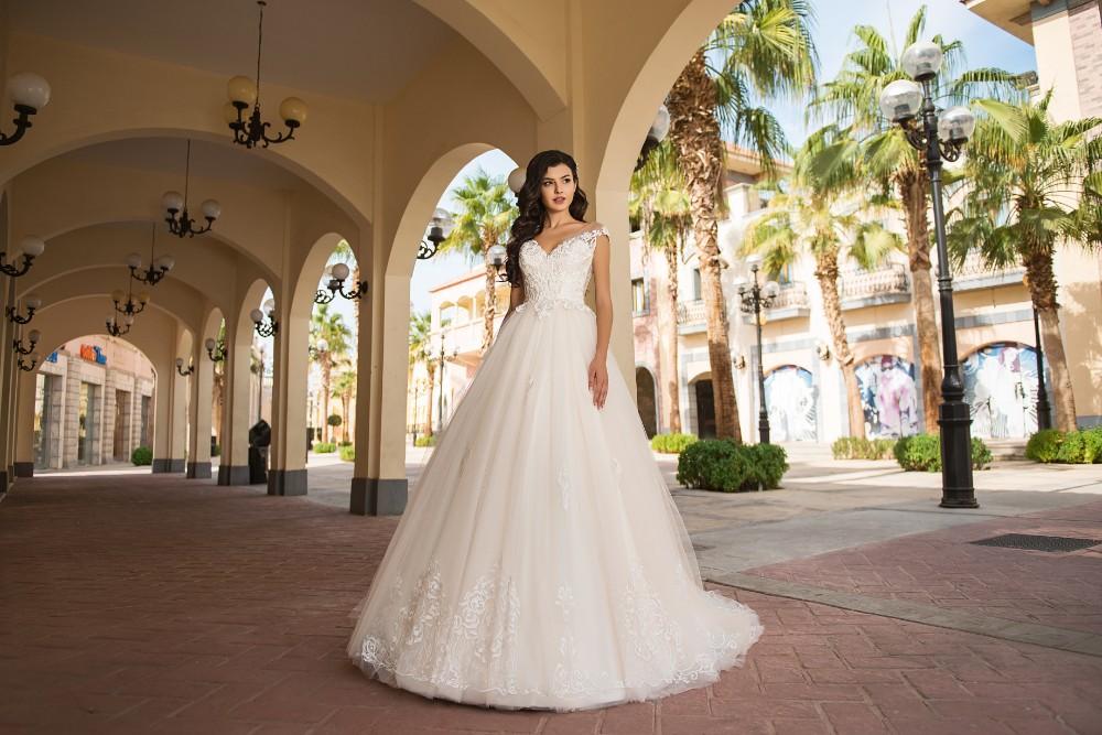 Wedding Dress S 411